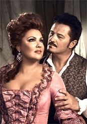 Anna Netrebko and Piotr Beczala in Adriana Lecouvreur © Photo by Vincent Peters / Met Opera