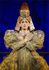 Anthony Roth Costanzo in the title role of Glass' Akhnaten / © Photo by Richard Hubert Smith, English National Opera